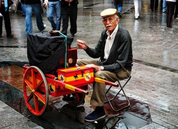 Traditional Madrid Instrument