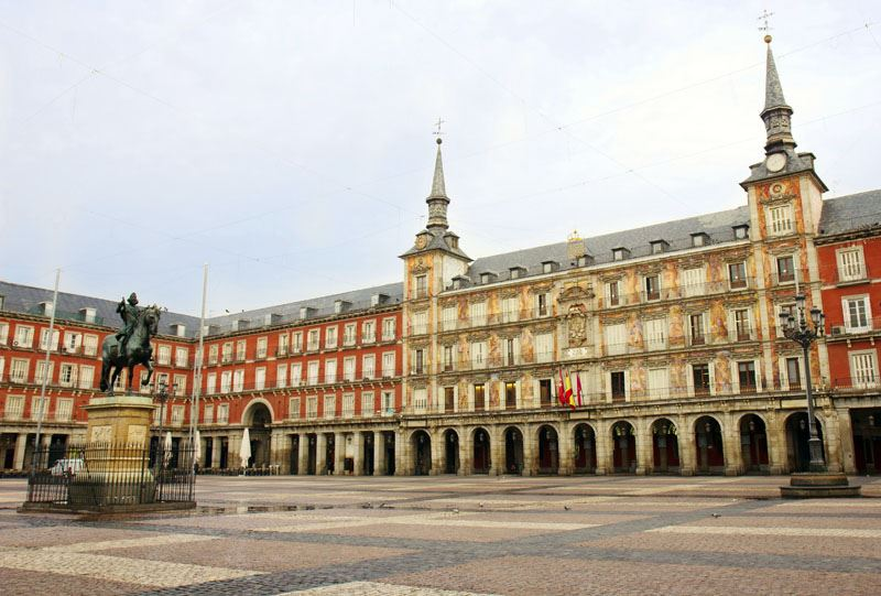 Madrid Plaza Mayor tapas